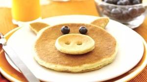 fun-shaped-pancakes
