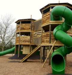 Topsy-Turvy-Towers-outdoor-play-at-Mead-Open-Farm